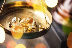 L'oro: Il suo andamento in controtendenza