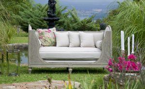 Scegliere i mobili da giardino